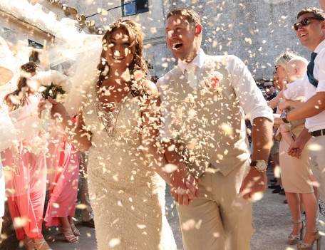 confetti throwing - Hotel Alcaufar Vell
