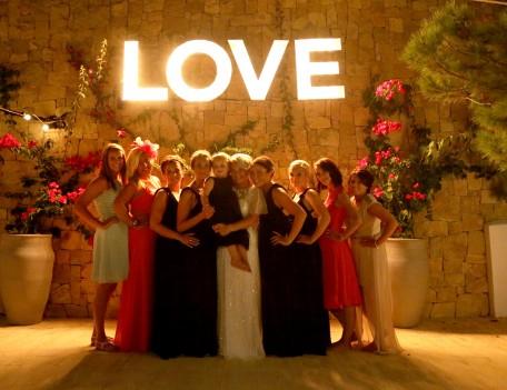 wedding group photograph - Elixir Shore Club