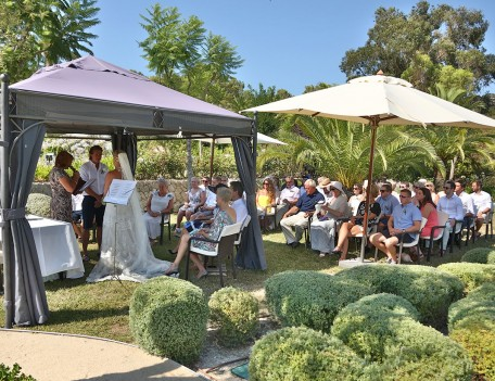 wedding ceremony in garden - Castell Son Claret