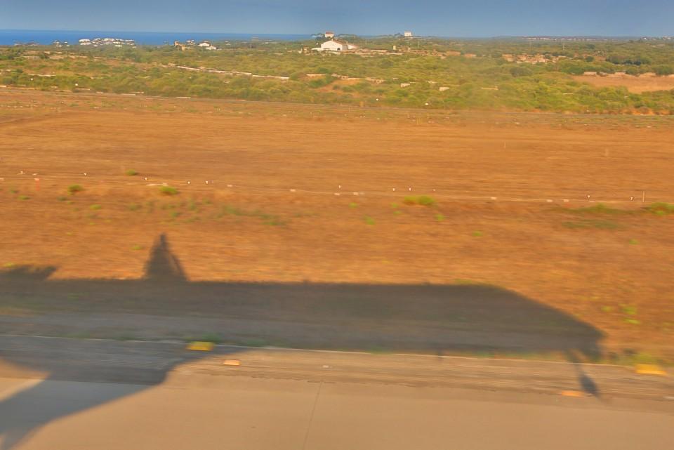 aeroplane shadow