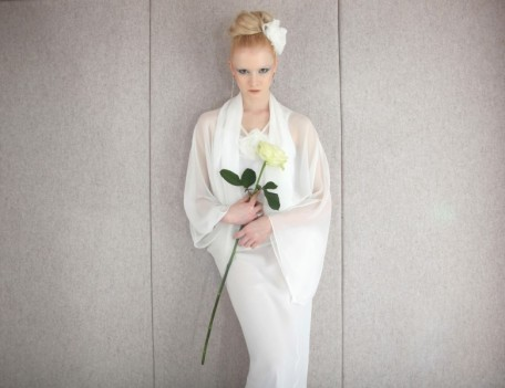 bride with white rose - Bridal Fashion