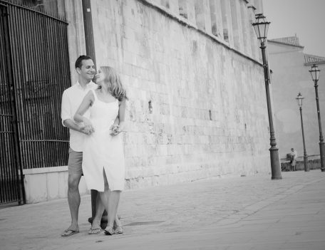 Couple by lamp post - Palma Engagement Shoot