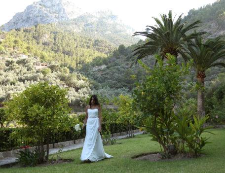 Bride in garden - Es Moli, Deia