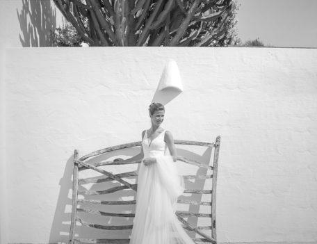 bride by Menorcan gate - Hotel Sant Joan de Binissaida