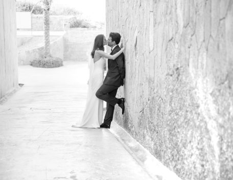 couple kiss - Hotel Cap Rocat