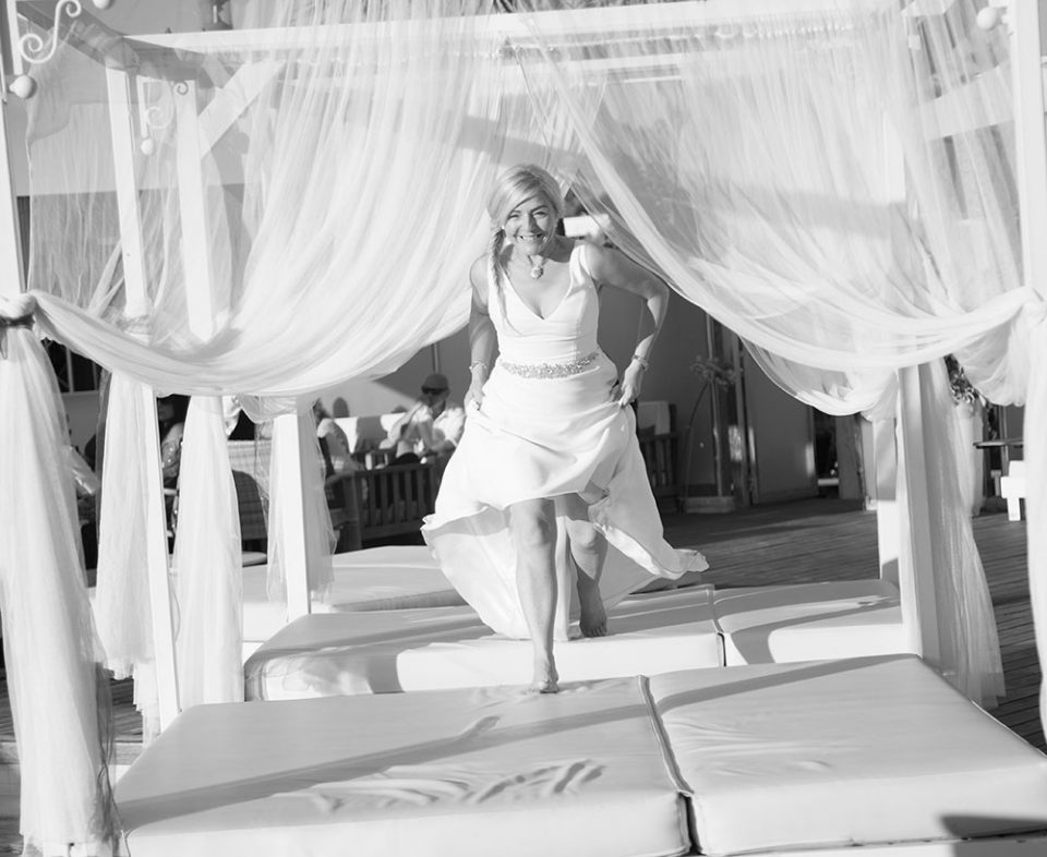 bride runs over day beds